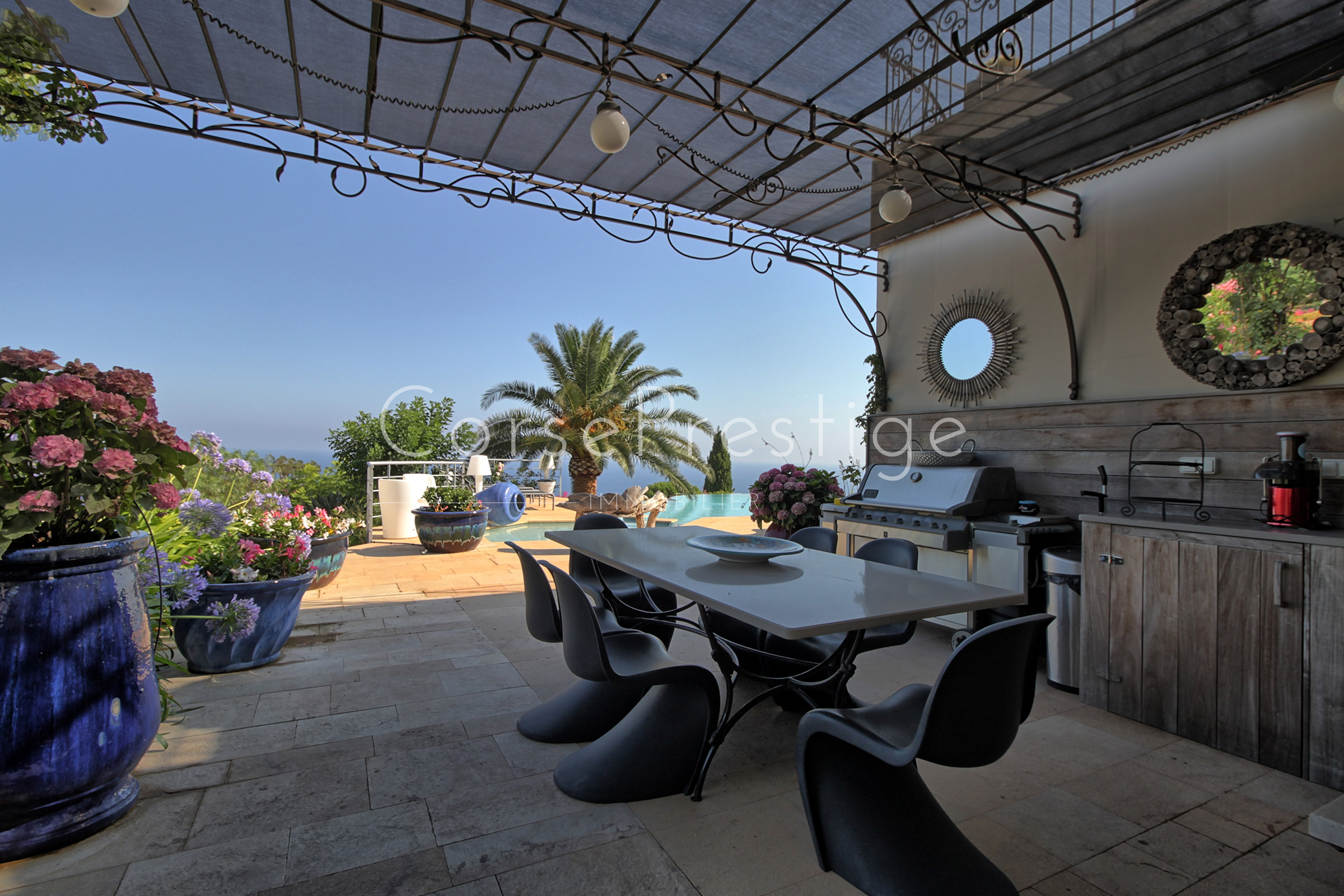 Villa-facing-the-sea-in-Corbara-N69-1