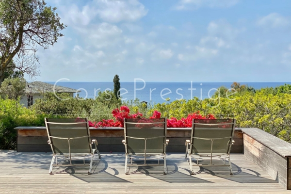VILLA FOR SALE PUNTA D'ORO WITH ACCESS TO THE BEACH - REF N99